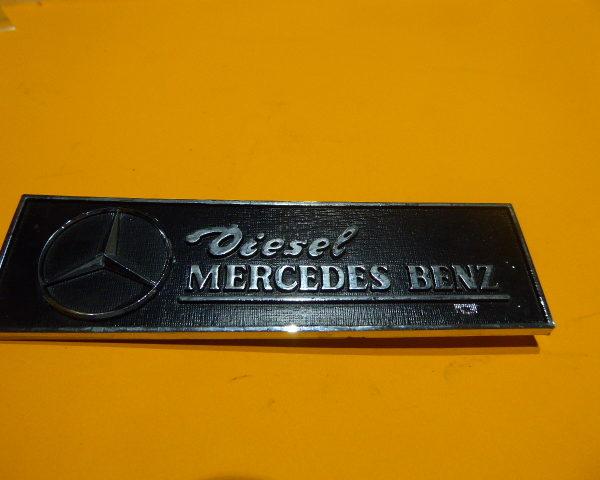 8506884 ANAGRAMA MERCEDES SEAT-132 146X40