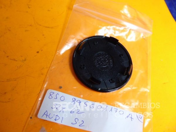 850 895601170A TAPACUBOS AUDI S3