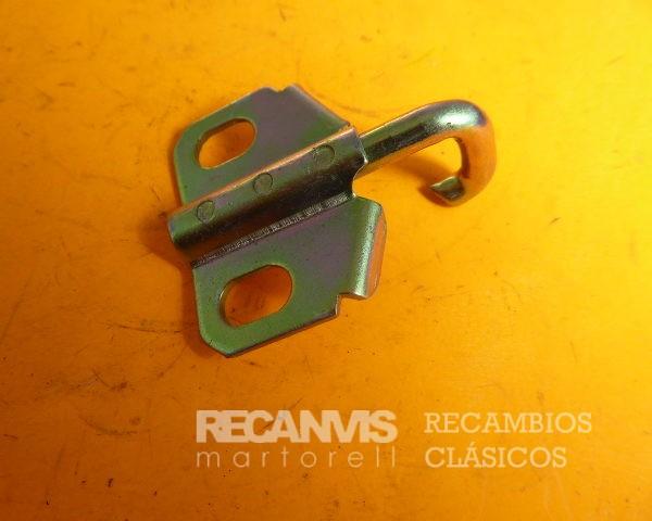 8502914 GANCHO CERRADURA MALETERO 131