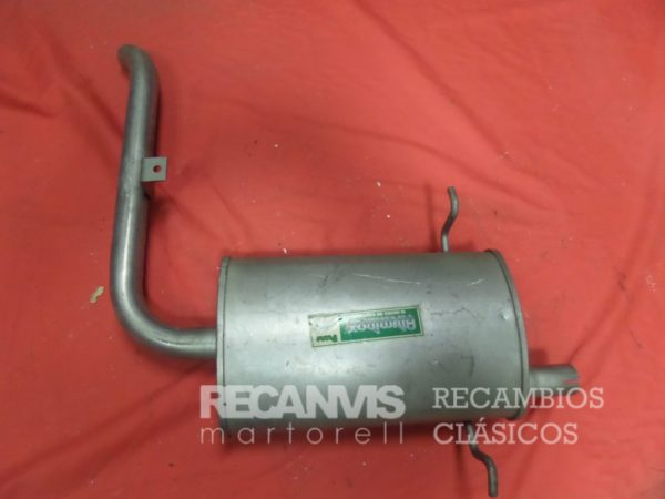 850F61419-SILENCIOSO-NISSAN-TRASERO.jpg